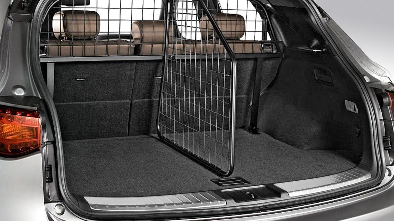 accessoires de l 39 infiniti qx70 jantes crochet d 39 attelage et bien plus. Black Bedroom Furniture Sets. Home Design Ideas