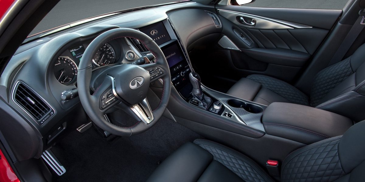 2018 INFINITI Q50 Red Sport Sedan Design Gallery | Multi Function Steering Wheel