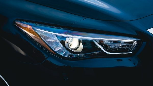 2018 INFINITI QX60 Crossover HID headlights