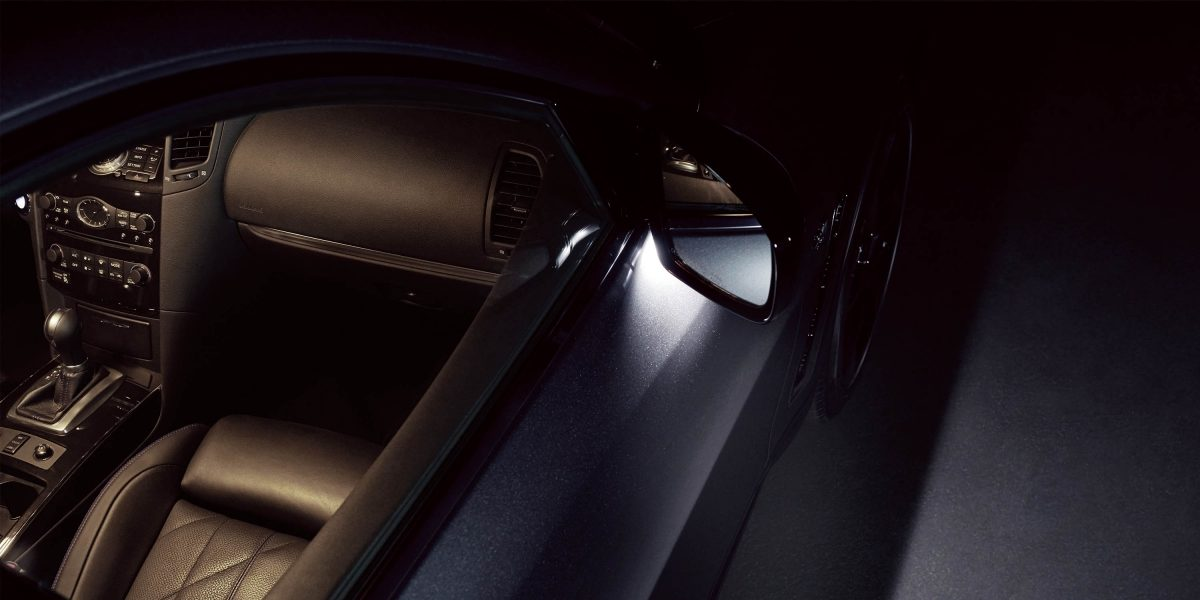 2018 INFINITI QX70 Welcome Mirror Lighting