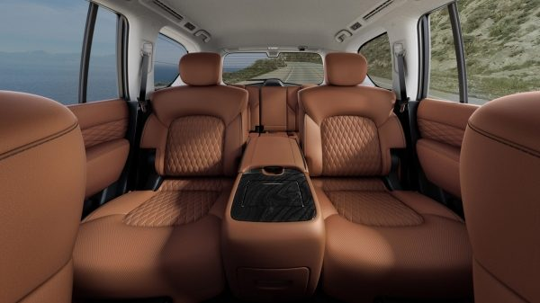 2018 INFINITI QX80 SUV Design | Premium Second-Row Captain's Chairs
