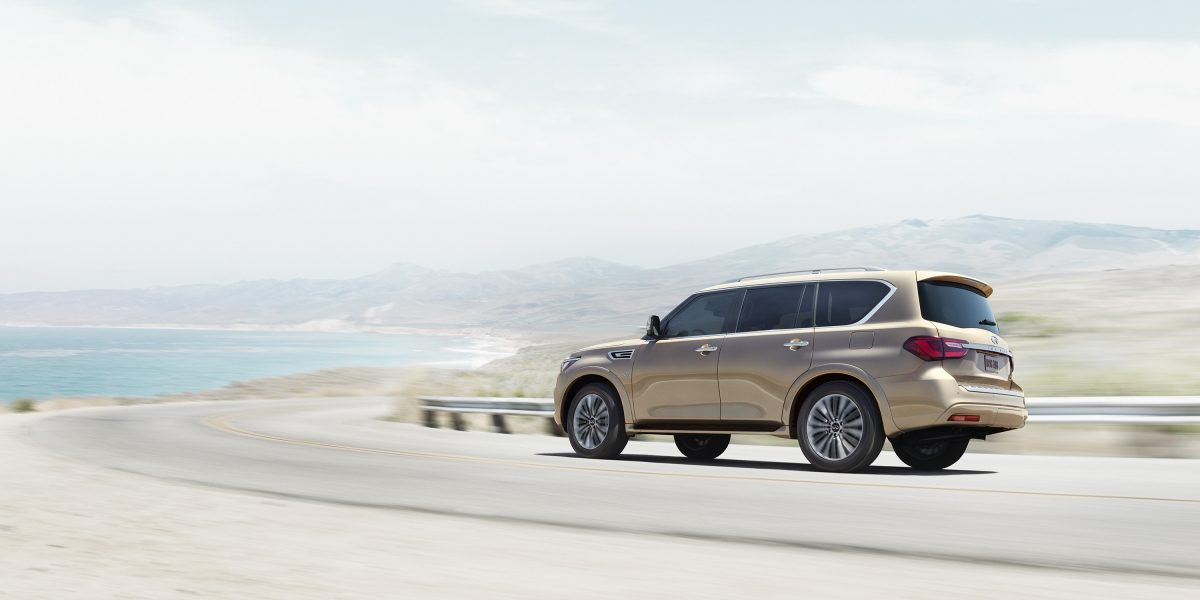 2018 INFINITI QX80 SUV Exterior Design Gallery | Rear Driver's Side Three Quarter in Champagne Quartz