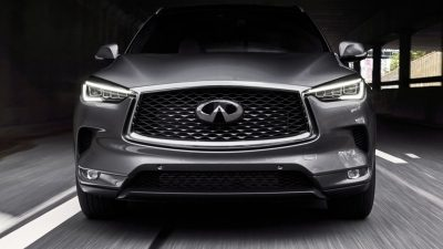 2020 INFINITI QX50 Luxury Crossover I-LED Headlights Turned On