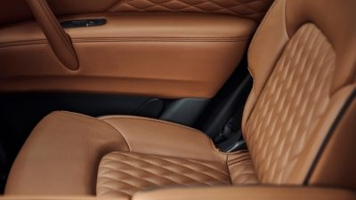 2020 INFINITI QX80 SUV Design Premium Second-Row Captain's Chairs