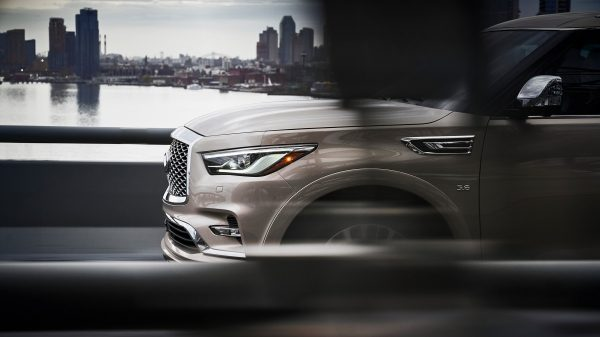 2020 INFINITI QX80 SUV Design Exterior Design Features Including New 22-inch Wheels