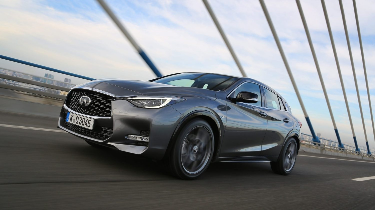 2018 INFINITI Q30 Crossover Performance Features