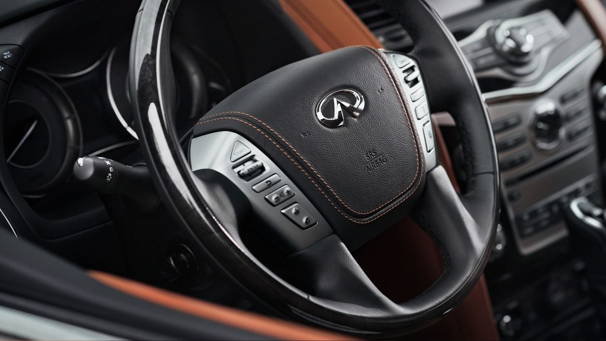 2018 INFINITI QX80 SUV Interior Design Gallery | Heated, Leather Wrapped Signature Steering Wheel