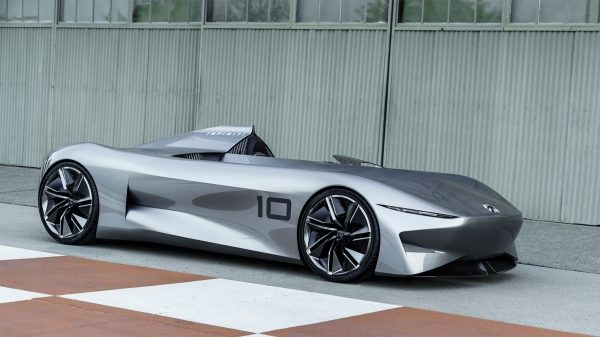 Infiniti Prototype 10 Concept Car Side View